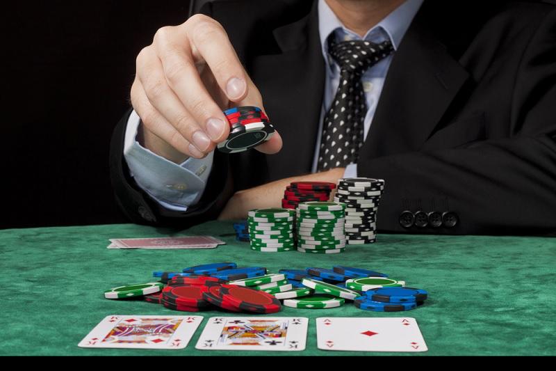 Делаем ставки в покере