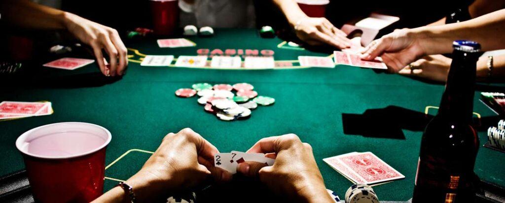 Покер за столом